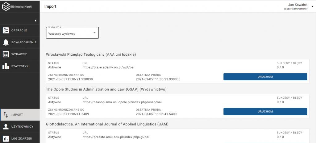 """Widok zakładki """"importy"""". Zakładka """"importy"""" jest zaznaczona w lewym bocznym menu. Na górze ekranu znajduje się rozwijana lista wydawców. Zaznaczono opcję """"wszyscy wydawcy"""". Poniżej widoczne są poszczególne czasopisma oraz szczegółowe dane dotyczące importów (status, URL, zsynchronizowane do, ostatnia próba, sukcesy/błędy). Przy każdej z pozycji, po prawej stronie znajduje się przycisk """"uruchom""""."""
